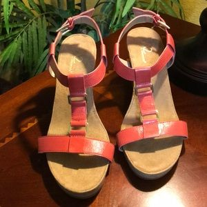 NWOT A2 by Aerosoles T-Strap Wedge Sandals